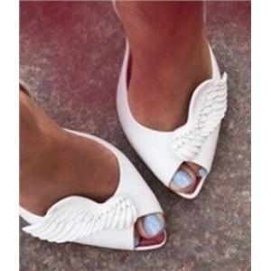 e36acbd58 Туфли резиновые с крыльями на небольшом каблуке - купить - Интернет ...
