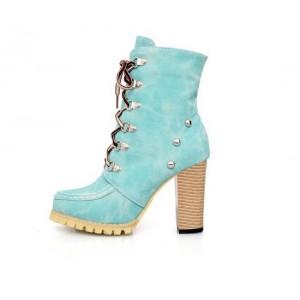 Ботильоны женские на каблуке и шнуровке