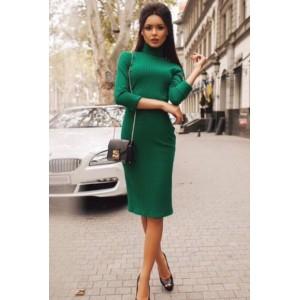 0536cee9a1d Платье-свитер вязаное зеленое до колена под горло - купить ...
